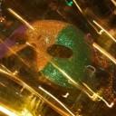 mask-348590_640