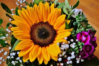bouquet-1516438_640