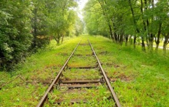 tracks-2139935_640