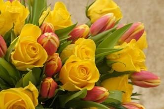 bouquet-3163294_640