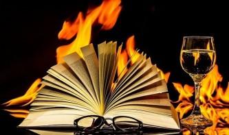 a-book-2040901_640