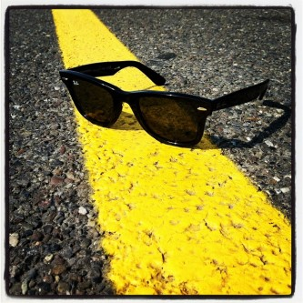 sunglasses-594353_640